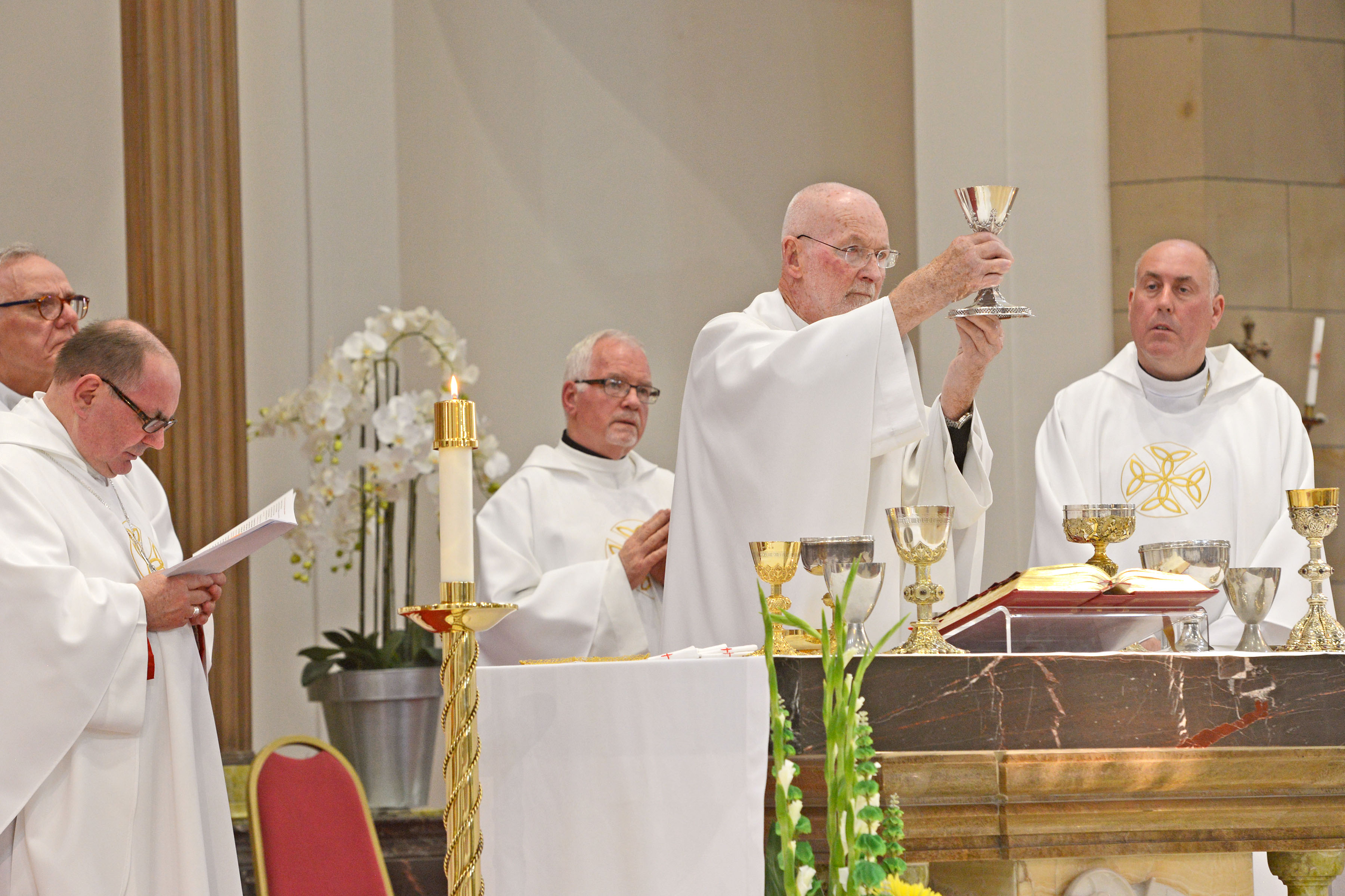 Mass of Thanksgiving for the Golden Jubilee of Priestly Ordination of Fr Patrick Hennessy, Friday 7th June 2019, St Columbkille's, Rutherglen. Photo by and copyright of Paul Mc Sherry 07770 393960